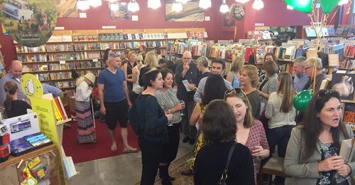 tordon-launch-zena-shapter-bookshop-crowd-2